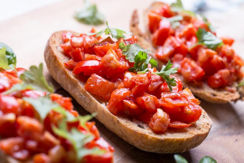 Bruschetta mit Tomatensalsa