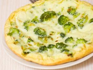 Omelett mit Brokkoli